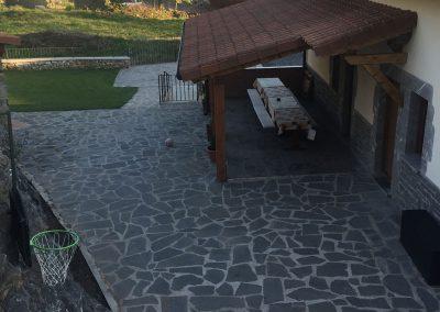 Porche y terraza exteriores